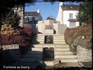 Loqueffret_-_La_fontaine_de_la_place